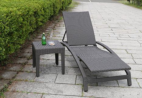 ラタンサイドテーブル45/ビーチチェア